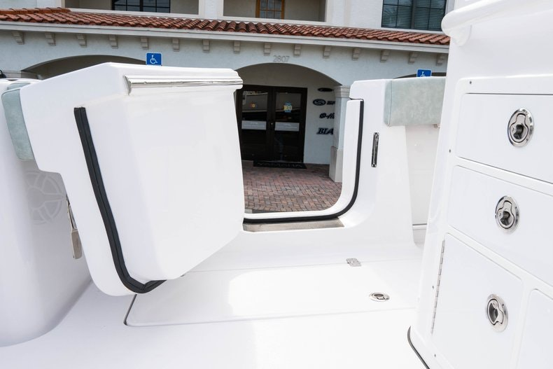 Thumbnail 25 for New 2019 Sportsman Open 312 Center Console boat for sale in Vero Beach, FL