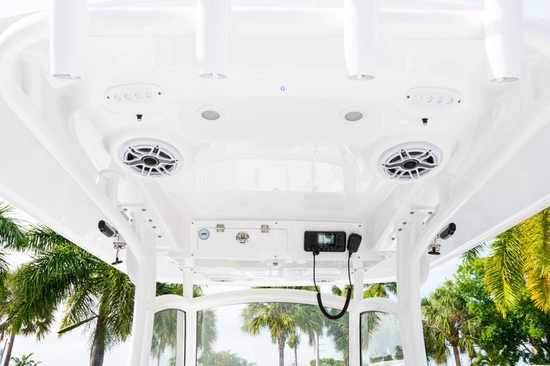 Thumbnail 28 for New 2019 Sportsman Open 312 Center Console boat for sale in Vero Beach, FL