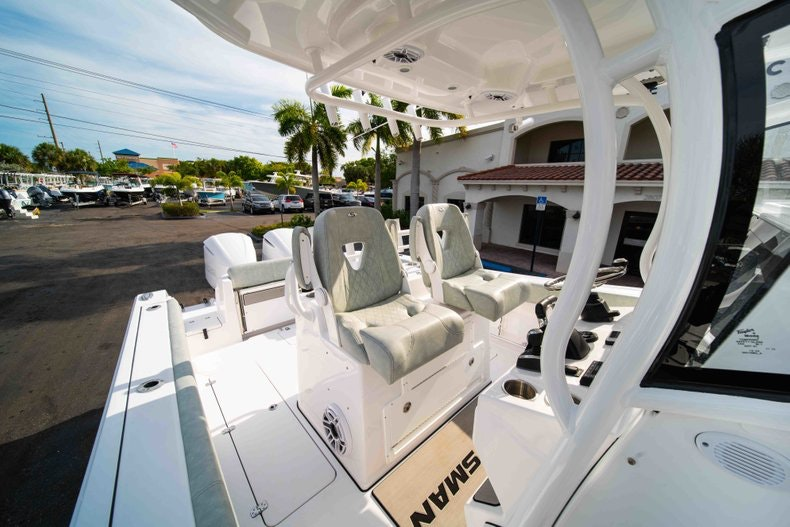 Thumbnail 27 for New 2019 Sportsman Open 312 Center Console boat for sale in Vero Beach, FL