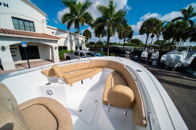 Thumbnail 31 for New 2019 Sportsman Open 232 Center Console boat for sale in West Palm Beach, FL