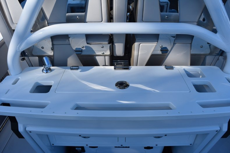 Thumbnail 29 for New 2019 Blackfin 272CC Center Console boat for sale in Fort Lauderdale, FL