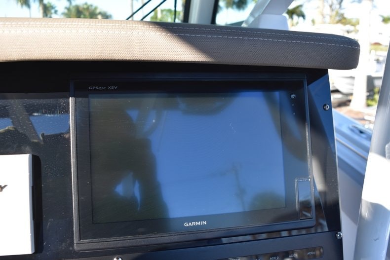 Thumbnail 46 for New 2019 Blackfin 272CC Center Console boat for sale in Fort Lauderdale, FL