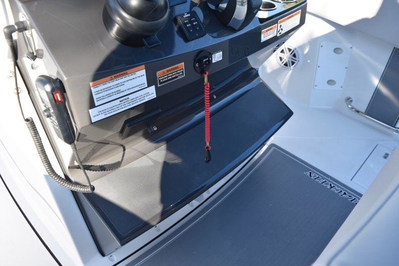 Thumbnail 57 for New 2019 Blackfin 272CC Center Console boat for sale in Fort Lauderdale, FL