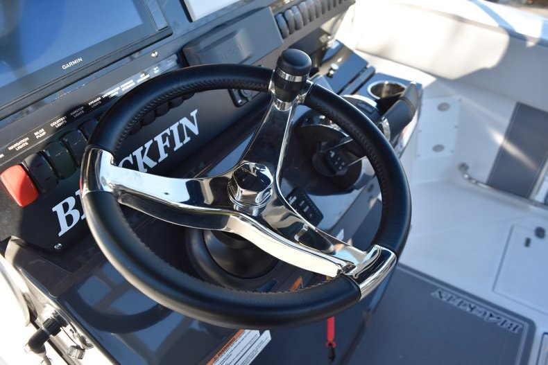 Thumbnail 51 for New 2019 Blackfin 272CC Center Console boat for sale in Fort Lauderdale, FL
