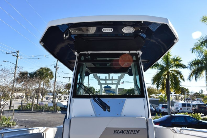 Thumbnail 70 for New 2019 Blackfin 272CC Center Console boat for sale in Fort Lauderdale, FL