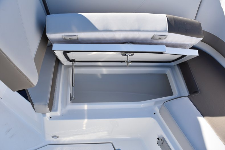 Thumbnail 74 for New 2019 Blackfin 272CC Center Console boat for sale in Fort Lauderdale, FL