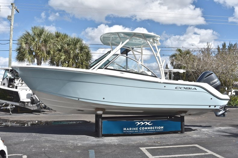 Thumbnail 4 for New 2019 Cobia 240 DC boat for sale in Vero Beach, FL