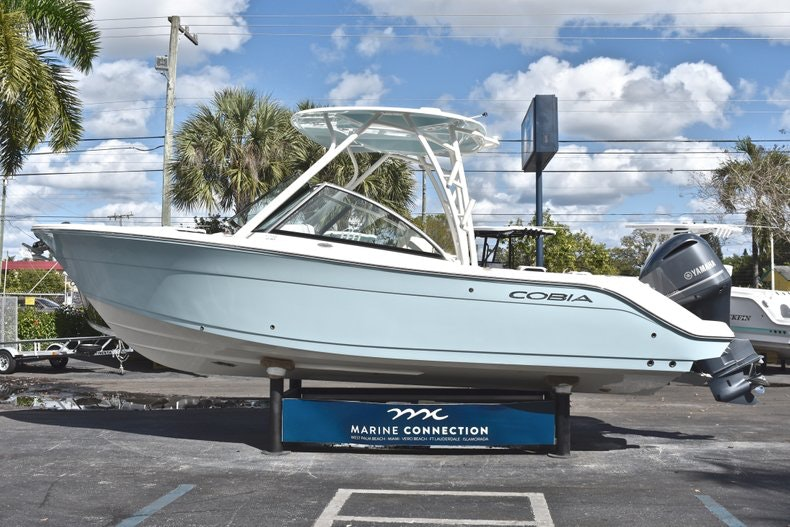 Thumbnail 5 for New 2019 Cobia 240 DC boat for sale in Vero Beach, FL