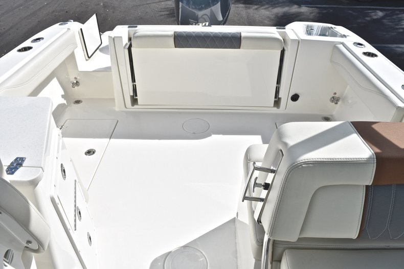 Thumbnail 16 for New 2019 Cobia 240 DC boat for sale in Vero Beach, FL