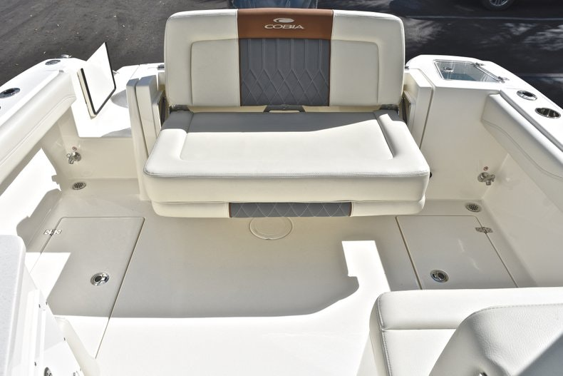 Thumbnail 18 for New 2019 Cobia 240 DC boat for sale in Vero Beach, FL