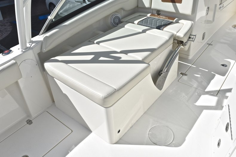 Thumbnail 34 for New 2019 Cobia 240 DC boat for sale in Vero Beach, FL