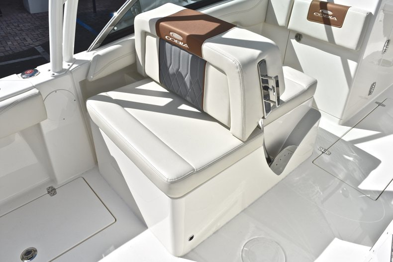 Thumbnail 33 for New 2019 Cobia 240 DC boat for sale in Vero Beach, FL