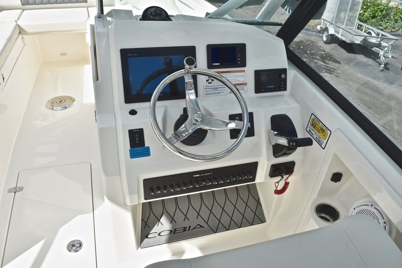Thumbnail 41 for New 2019 Cobia 240 DC boat for sale in Vero Beach, FL