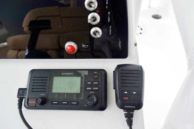 Thumbnail 9 for New 2019 Sportsman Heritage 231 Center Console boat for sale in Miami, FL