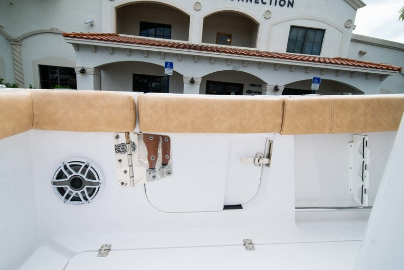 Thumbnail 19 for New 2019 Sportsman Open 312 Center Console boat for sale in West Palm Beach, FL
