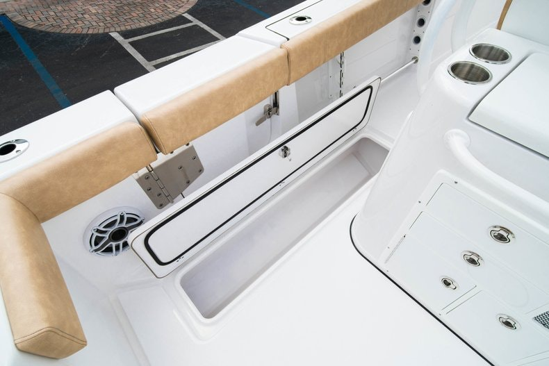 Thumbnail 25 for New 2019 Sportsman Open 312 Center Console boat for sale in West Palm Beach, FL
