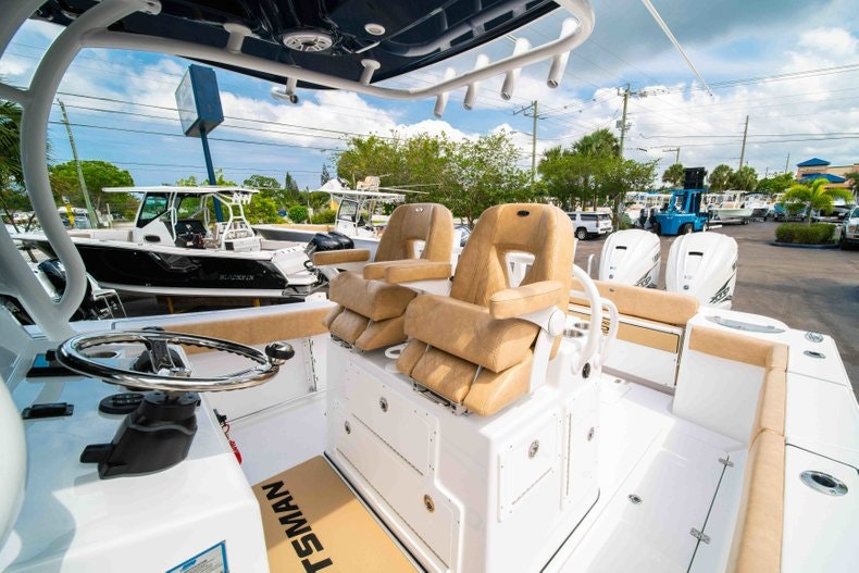 Thumbnail 35 for New 2019 Sportsman Open 312 Center Console boat for sale in West Palm Beach, FL