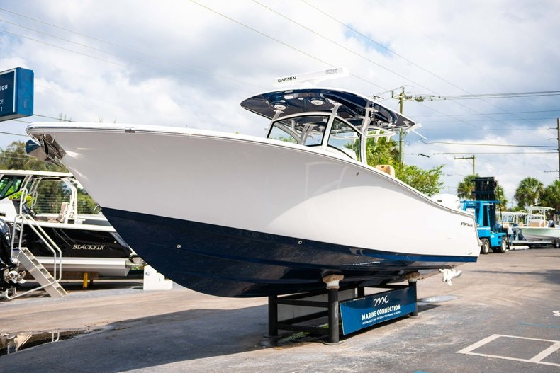 Thumbnail 3 for New 2019 Sportsman Open 312 Center Console boat for sale in West Palm Beach, FL
