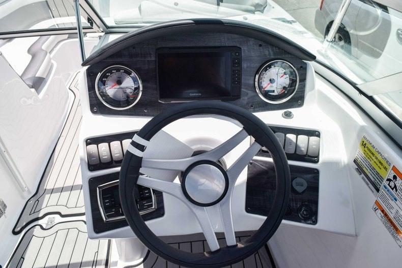 Thumbnail 39 for New 2019 Hurricane SunDeck SD 2486 OB boat for sale in Fort Lauderdale, FL