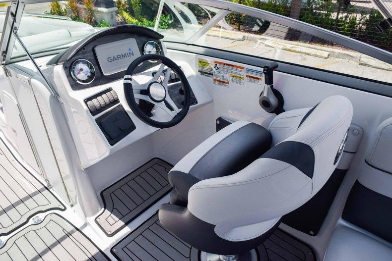 Thumbnail 37 for New 2019 Hurricane SunDeck SD 2486 OB boat for sale in Fort Lauderdale, FL