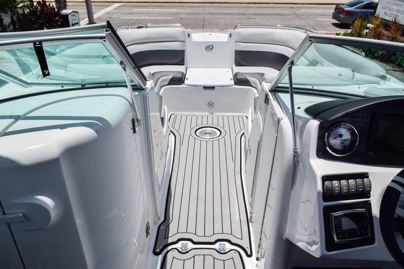 Thumbnail 57 for New 2019 Hurricane SunDeck SD 2486 OB boat for sale in Fort Lauderdale, FL