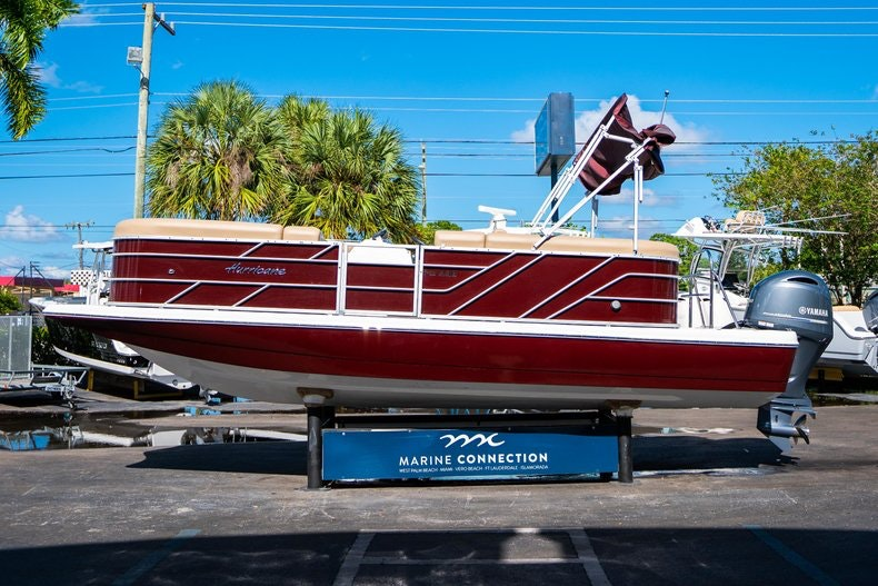 Thumbnail 4 for New 2019 Hurricane FunDeck FD 236SB boat for sale in West Palm Beach, FL