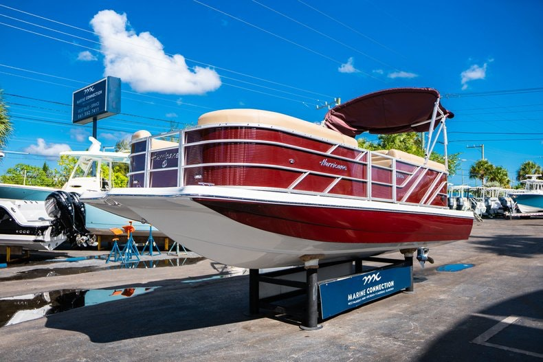 Thumbnail 3 for New 2019 Hurricane FunDeck FD 236SB boat for sale in West Palm Beach, FL