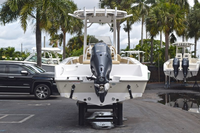 Thumbnail 6 for Used 2017 Sportsman Open 212 Center Console boat for sale in West Palm Beach, FL