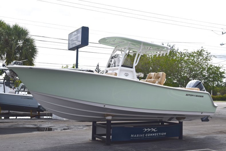 Thumbnail 4 for New 2019 Sportsman Heritage 241 Center Console boat for sale in Islamorada, FL
