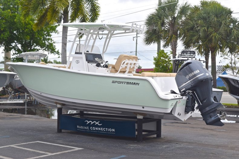 Thumbnail 6 for New 2019 Sportsman Heritage 241 Center Console boat for sale in Islamorada, FL