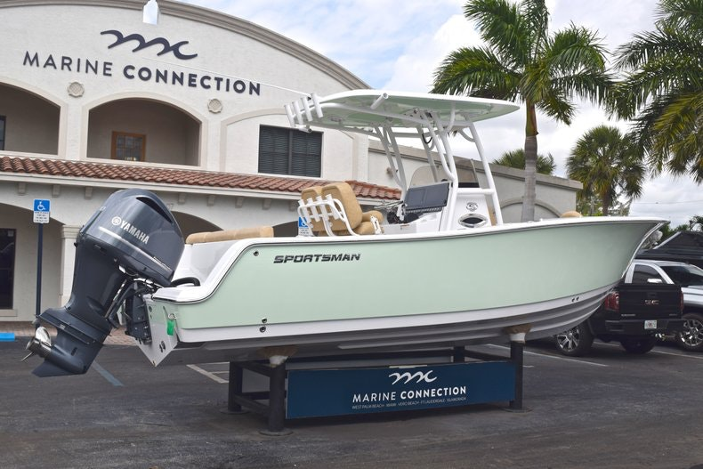 Thumbnail 8 for New 2019 Sportsman Heritage 241 Center Console boat for sale in Islamorada, FL
