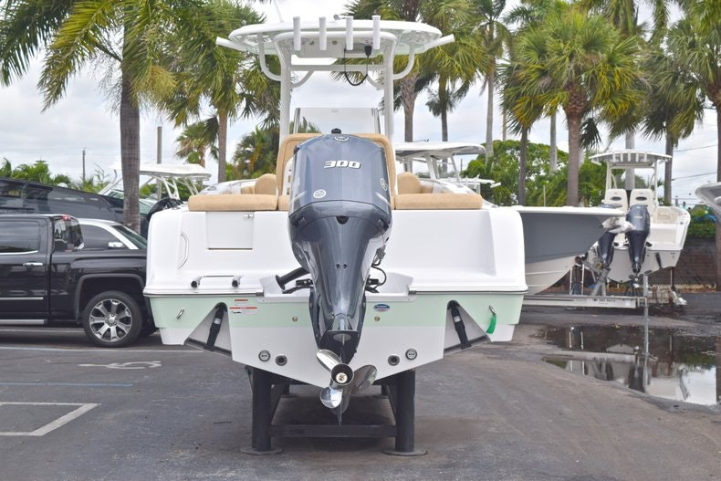 Thumbnail 7 for New 2019 Sportsman Heritage 241 Center Console boat for sale in Islamorada, FL