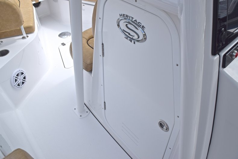 Thumbnail 41 for New 2019 Sportsman Heritage 241 Center Console boat for sale in Islamorada, FL