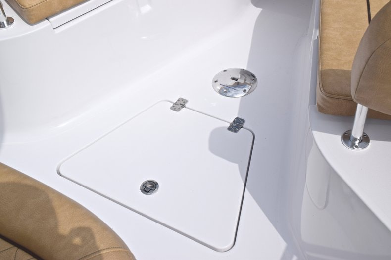 Thumbnail 47 for New 2019 Sportsman Heritage 241 Center Console boat for sale in Islamorada, FL