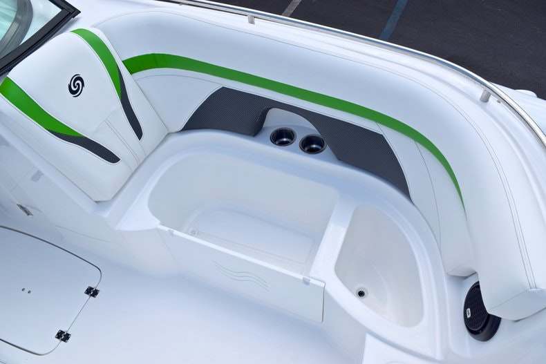 Thumbnail 48 for New 2019 Hurricane SunDeck SD 2200 OB boat for sale in West Palm Beach, FL