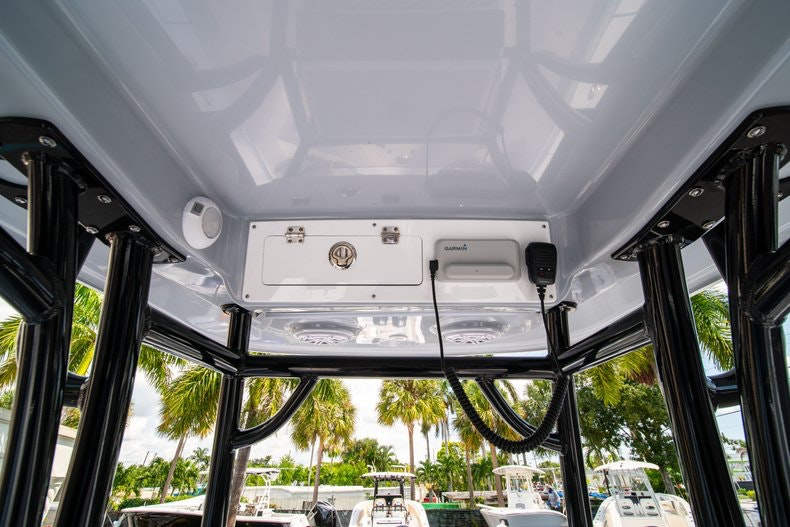 Thumbnail 24 for New 2019 Sportsman Open 242 Center Console boat for sale in Fort Lauderdale, FL