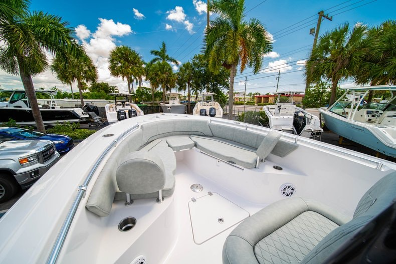 Thumbnail 34 for New 2019 Sportsman Open 242 Center Console boat for sale in Fort Lauderdale, FL