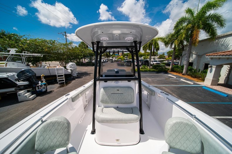 Thumbnail 40 for New 2019 Sportsman Open 242 Center Console boat for sale in Fort Lauderdale, FL