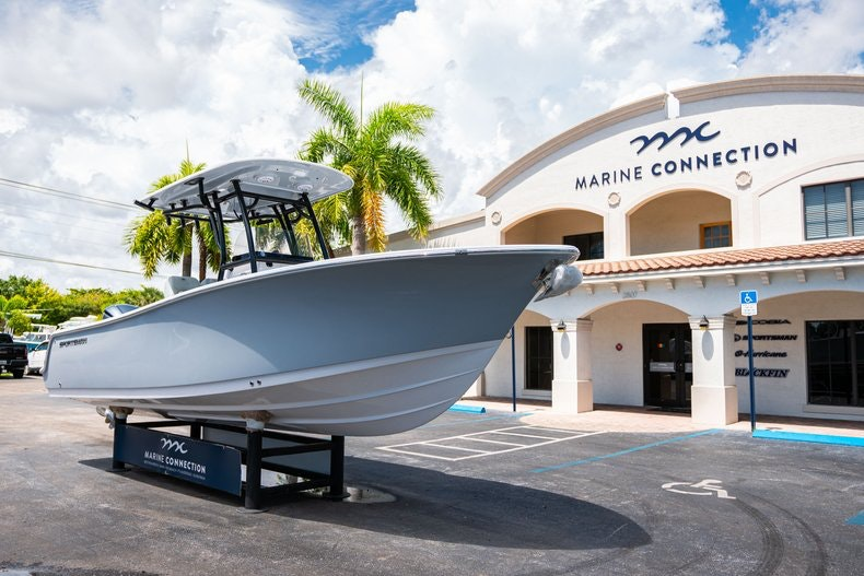 Thumbnail 1 for New 2019 Sportsman Open 242 Center Console boat for sale in Fort Lauderdale, FL