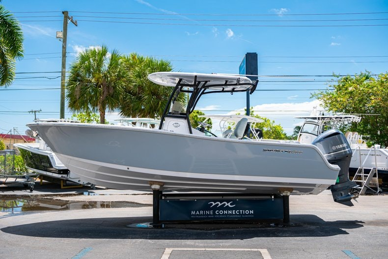 Thumbnail 4 for New 2019 Sportsman Open 242 Center Console boat for sale in Fort Lauderdale, FL