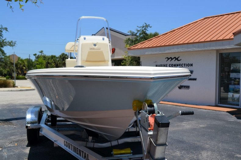 Thumbnail 2 for New 2019 Pathfinder 2005 TRS boat for sale in Vero Beach, FL