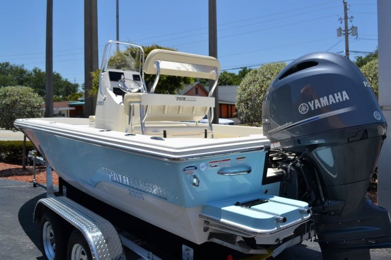Thumbnail 3 for New 2019 Pathfinder 2005 TRS boat for sale in Vero Beach, FL