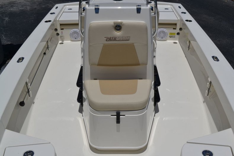 Thumbnail 13 for New 2019 Pathfinder 2005 TRS boat for sale in Vero Beach, FL