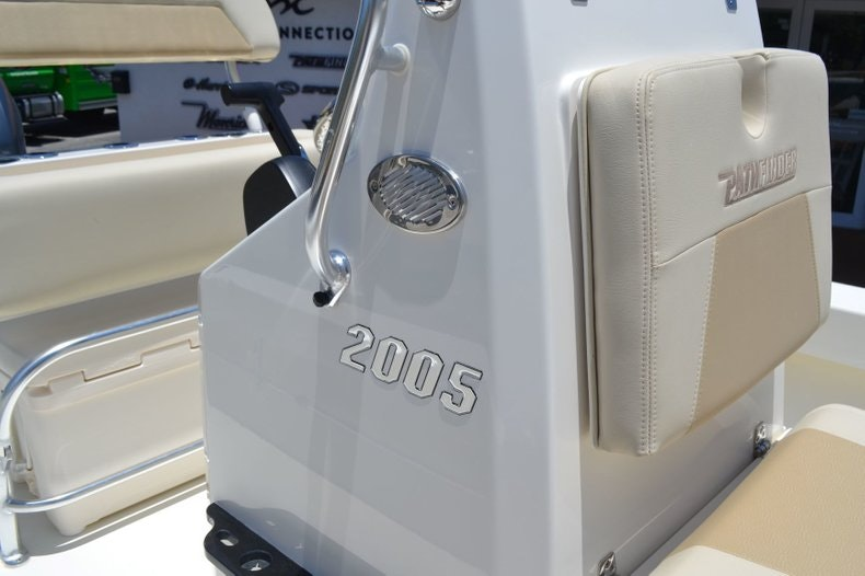 Thumbnail 16 for New 2019 Pathfinder 2005 TRS boat for sale in Vero Beach, FL