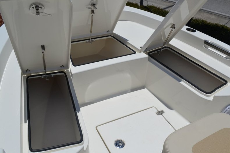 Thumbnail 20 for New 2019 Pathfinder 2005 TRS boat for sale in Vero Beach, FL