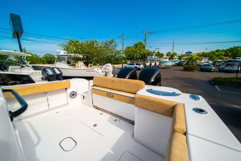 Thumbnail 18 for New 2019 Sportsman Open 312 Center Console boat for sale in Miami, FL