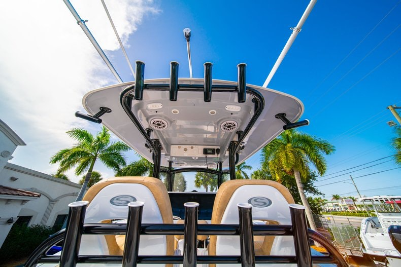 Thumbnail 21 for New 2019 Sportsman Open 312 Center Console boat for sale in Miami, FL