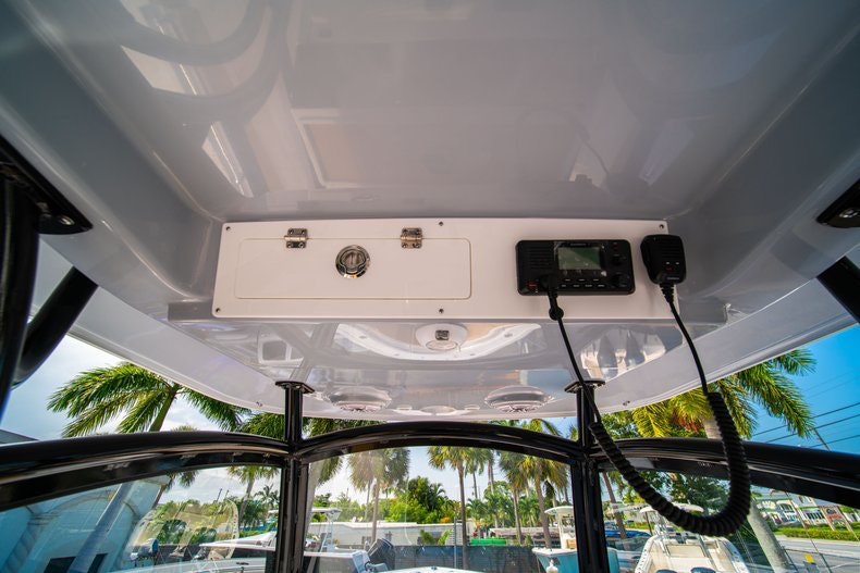 Thumbnail 25 for New 2019 Sportsman Open 312 Center Console boat for sale in Miami, FL