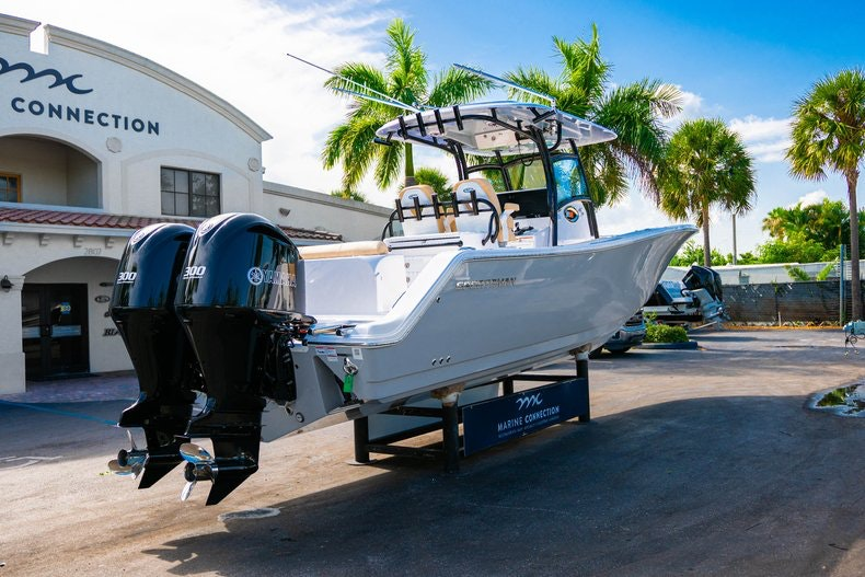 Thumbnail 8 for New 2019 Sportsman Open 312 Center Console boat for sale in Miami, FL