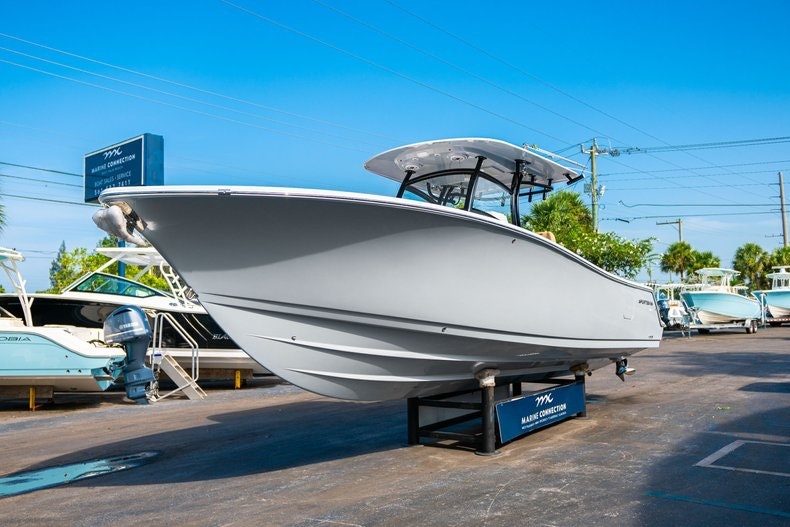 Thumbnail 3 for New 2019 Sportsman Open 312 Center Console boat for sale in Miami, FL